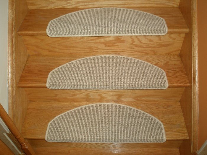 Classic Stair Mats, No Installation Carpet Stair Treads, Quality Stair Rugs